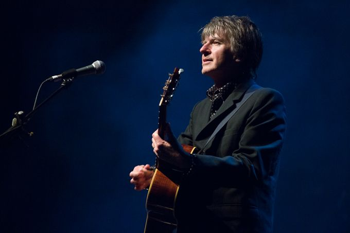 Neil Finn in Melbourne, 2014 (by Serena Ho) #neilfinn #music #live #photography #melbourne #australia #guitar #acoustic