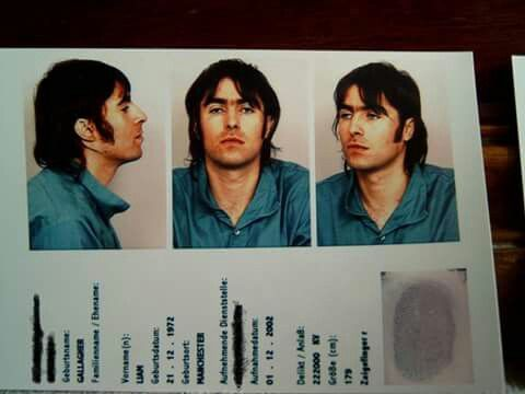 ¿Cuánto mide Liam Gallagher? - Real height 50cd6dccb7153a5513ca5044a4c5d8ac