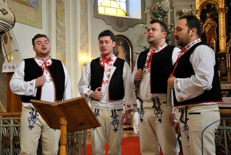 folk dress Papradno