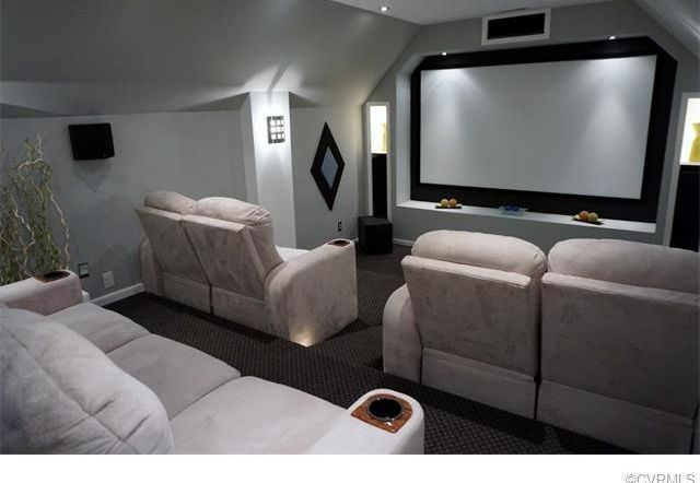 "Traditional Home Theater with Loch - Matte White 120"" diagonal Manual Projector Screen with Slow Retraction, Carpet #hometheatreprojectors #projectorscreen #homecinemaprojector #hometheaterprojector #hometheaterprojectorscreen"