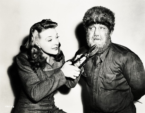 Evelyn Ankers and Lon Chaney Jr. in apromotionalphotofor The Wolf Man (1941)