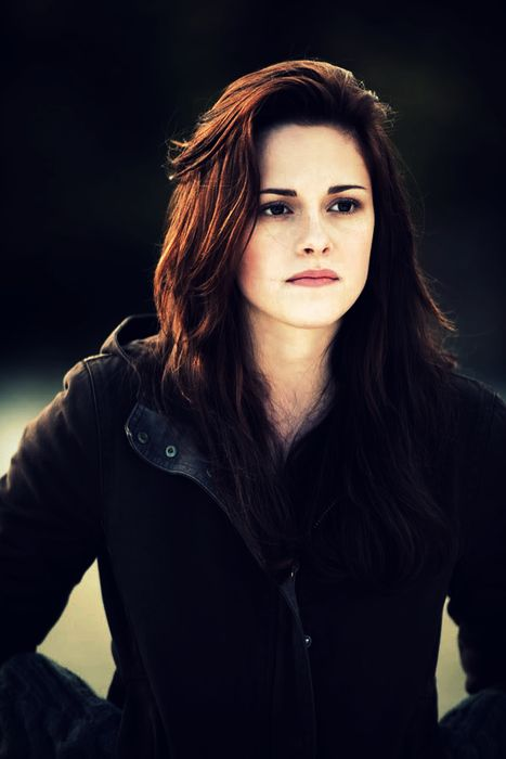 53 best images about bella swan human to bella cullen for New moon vampire movie
