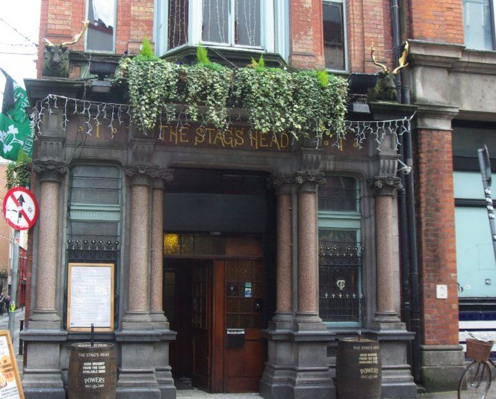 The Stags Head, un des plus anciens pubs irlandais ! #pub #ireland #dublin #travel #beer #party #irlande #europe #tradition #bar