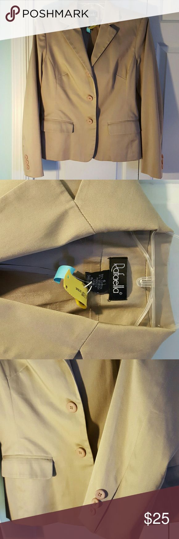 Rafaella Tan Suit Jacket Blazer Size 6 High Quality Made Fully Lined Tan Cotton Spandex Suit Coat Jacket Dress up your whole outfit. Goes great with jeans Rafealla Jackets & Coats Blazers