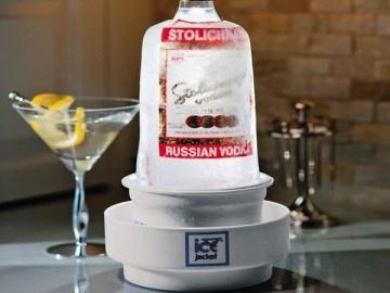 Ice Jacket Bottle Chiller – $34: Bottle Chiller, Gadgets, Serve Spirits, Gift Ideas, Jackets, Products