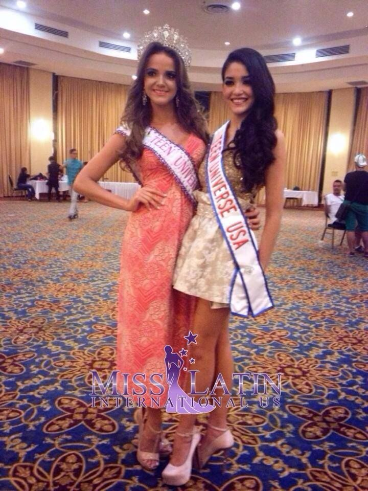 Miss Teen Universe 2013 Lucia Osorno from Nicaragua with Miss Teen Universe 2014 Vivianie Diaz Arroyo from USA