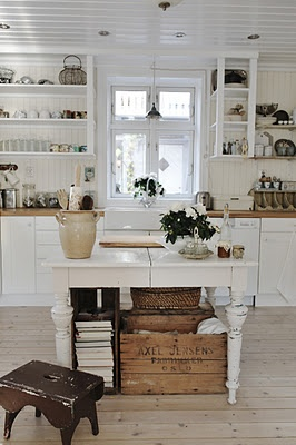 This kitchen style would be beautiful in my pool house. Very country cottage like :)