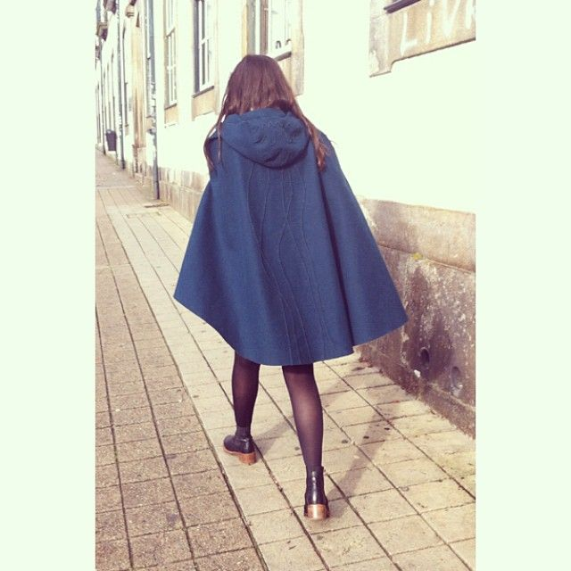 À Capucha on the streets!!! Dona Capucha in blue spotted in Porto  #acapucha…