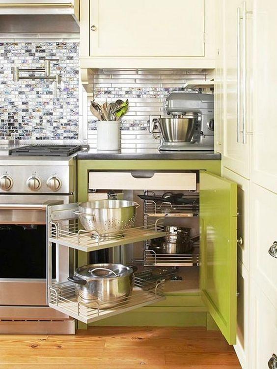 Кухня/столовая в  цветах:   Белый, Светло-серый, Серый, Коричневый, Бежевый.  Кухня/столовая в  стиле:   Минимализм.