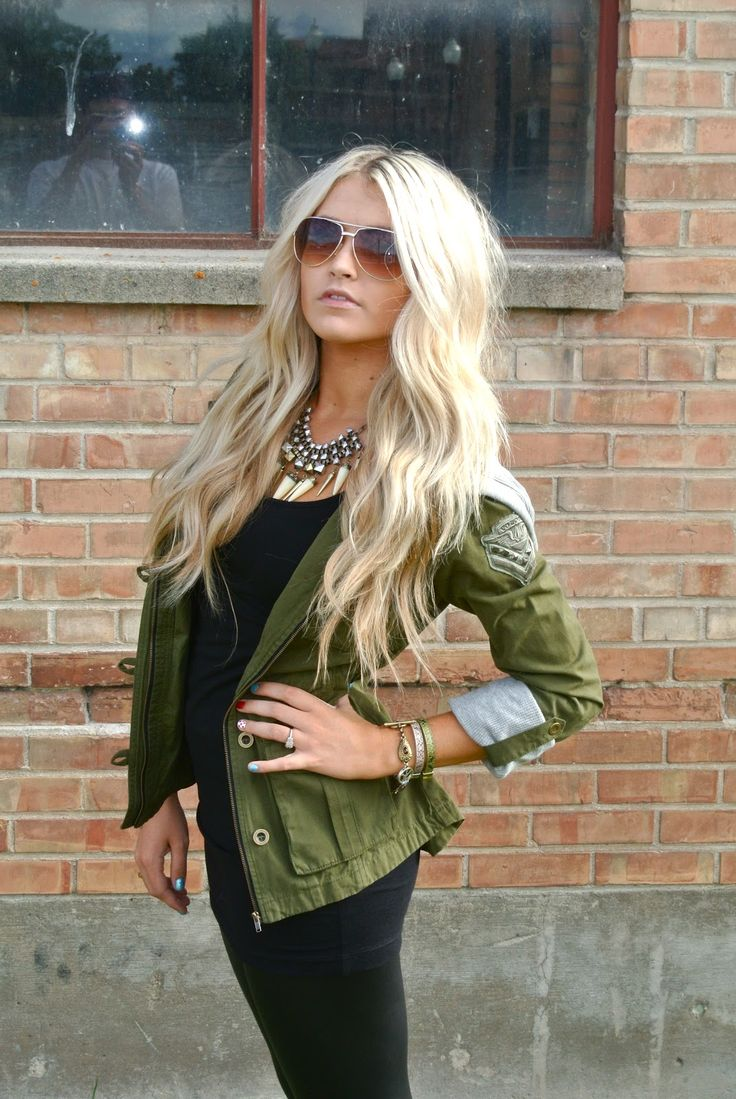 military jacket. want one for the fall: Military Jackets, Blondes Hair, Hair Colors, Dreams Hair, Wavy Hair, Long Hair, Army Green Jackets, Hair Style, Army Jackets