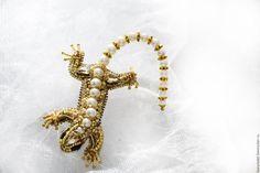 """Купить Брошь ящерица """"Саламандра"""" - золотой, жемчуг, ящерица, брошь ящерица, саламандра, брошь саламандра"""
