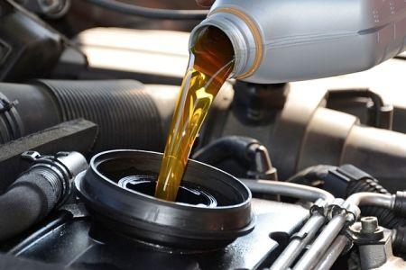 Desde $17.900 por cambio de aceite + scanner con opción a rotación de neumáticos en Lubricentro Huechuraba