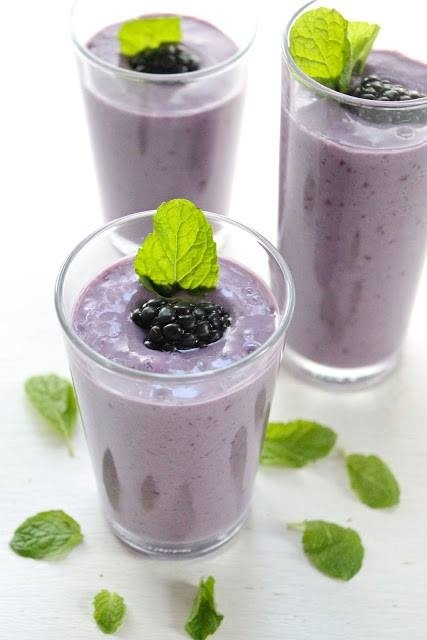 Smoothie, Blackberries, banana, mint