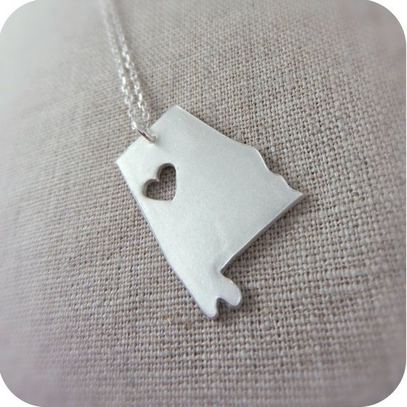 I heart this Alabama necklace.