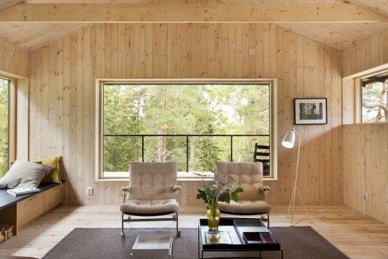 Sala estar de la casa de madera