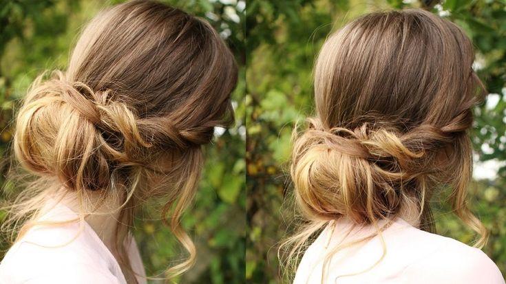 acconciature capelli lunghi con uno chignon basso