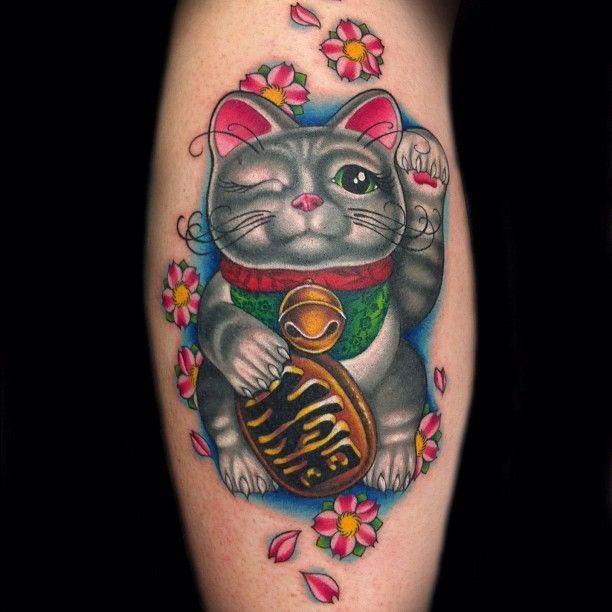 Lucky Cat/ Maneki Neko tattooed by Megan Massacre from Wooster Social Club / NY Ink.    Incredible.