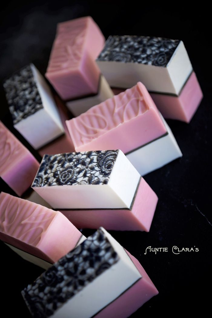 Clara Lindberg of Auntie Clara's Handcrafted Cosmetics creates gorgeous soap. Read her soaping tricks and business tips in this post!