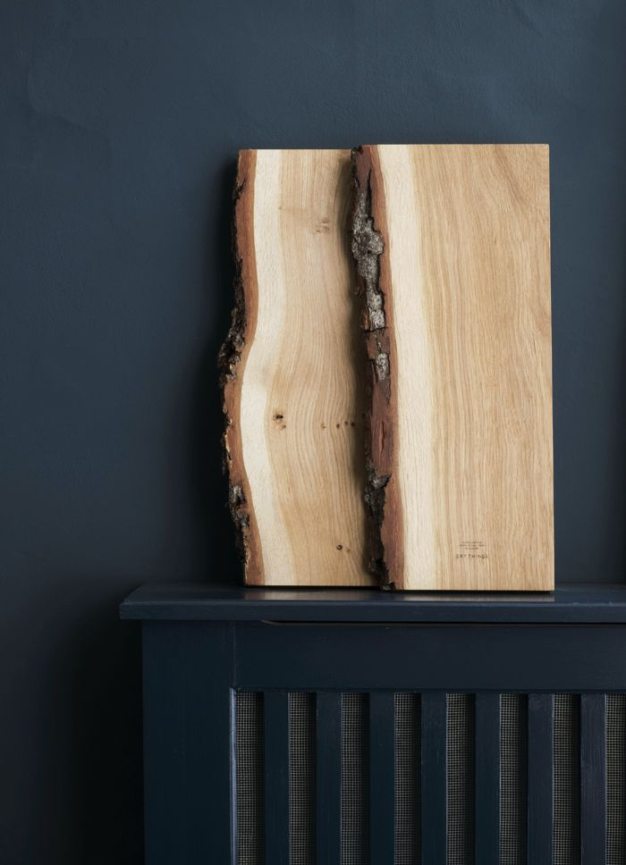 Cutting boards by DRY Things. Swedish Oak with bark.