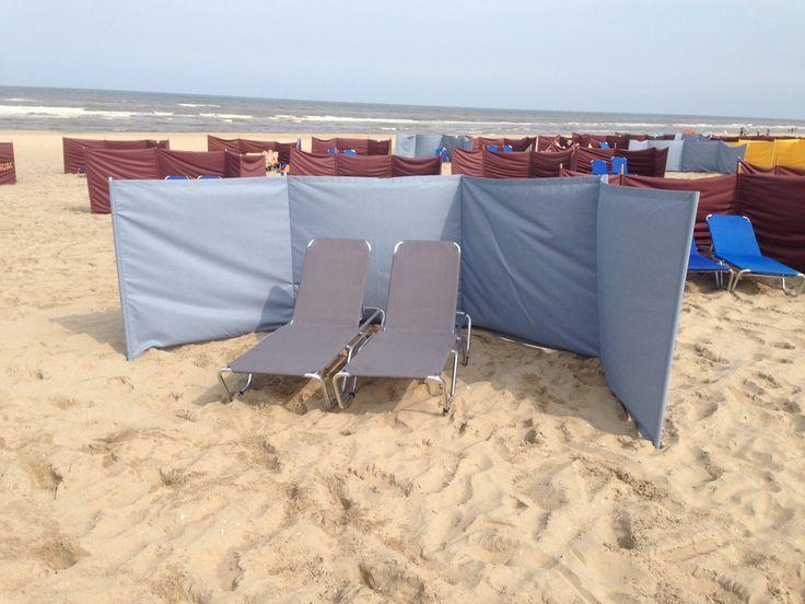 windzeil strand noordwijk  Op maat gemaakte #windzeil by www.outdoorloungekussens.nl