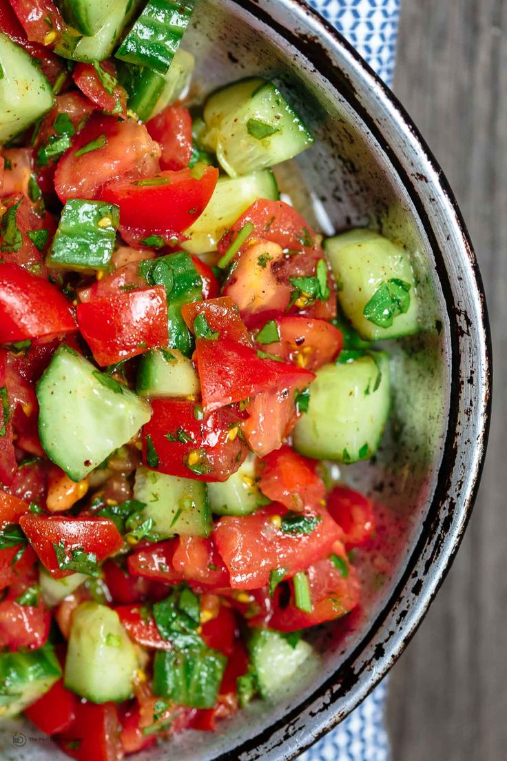 All-star Mediterranean salad recipe! Quick, refreshing and delicious! With fresh parsley & a light dressing of fresh lemon juice and olive oil. The best!