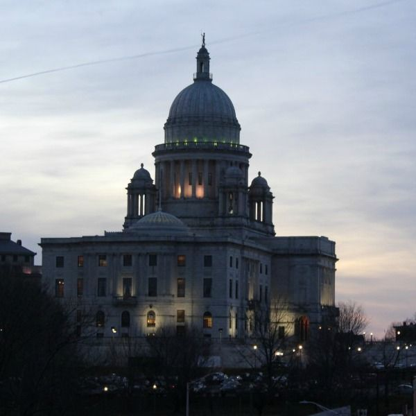 I am a bit obsessed with the Capitol.  This time, at dusk.