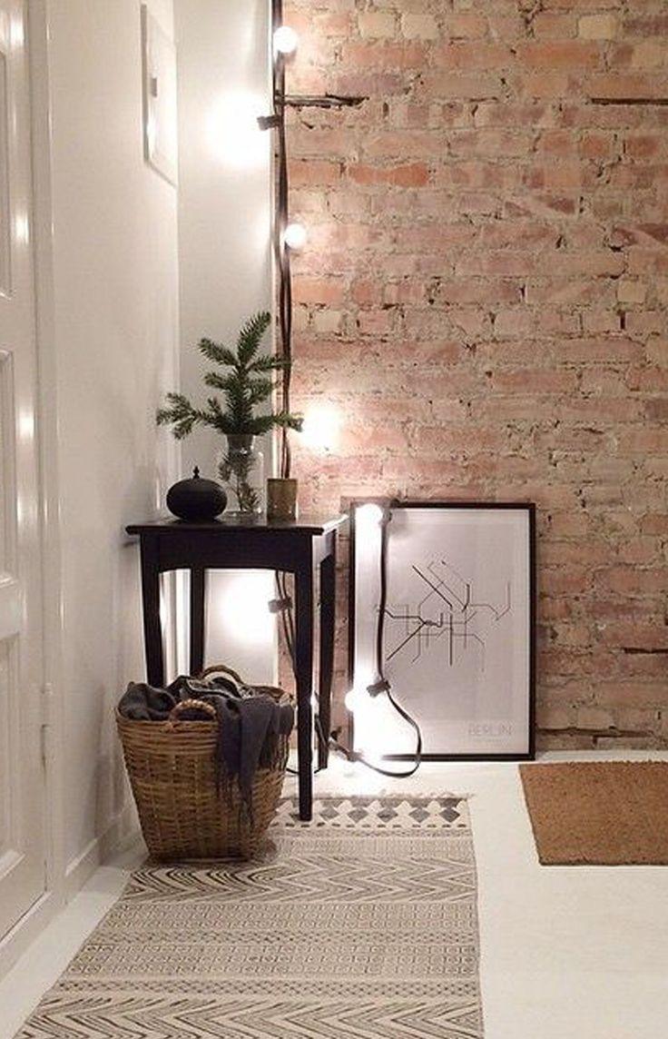 Med ljusslingor i olika färger och former kan du på ett enkelt sätt höja mysfaktorn i ditt hem. Häng dem i taket, längs väggen, ovanför sängen eller lägg på bordet för en fin dukning – det är bara du som sätter gränserna. Vi på ELLE älskar ljusslingor. Det är både mysigt, snyggt och trendigt. De…