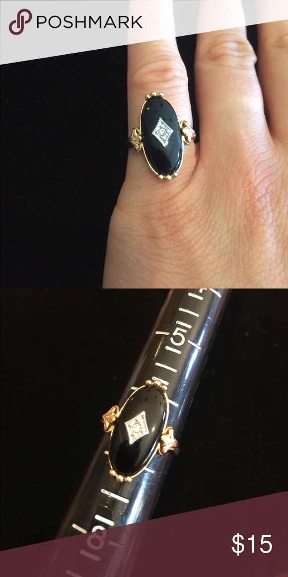 Vintage Avon Ring Size 6.75. Excellent vintage condition. Firm unless bundled. Avon Jewelry