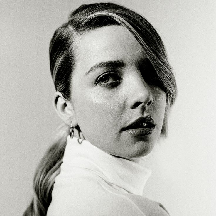 Greta Bellmacina by Alistair Guy