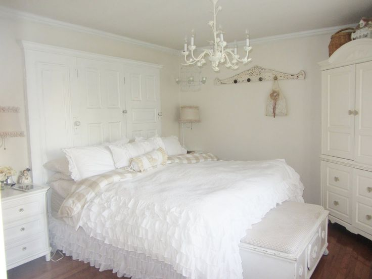 Best 25  Small chandeliers for bedroom ideas on Pinterest | Girls ...