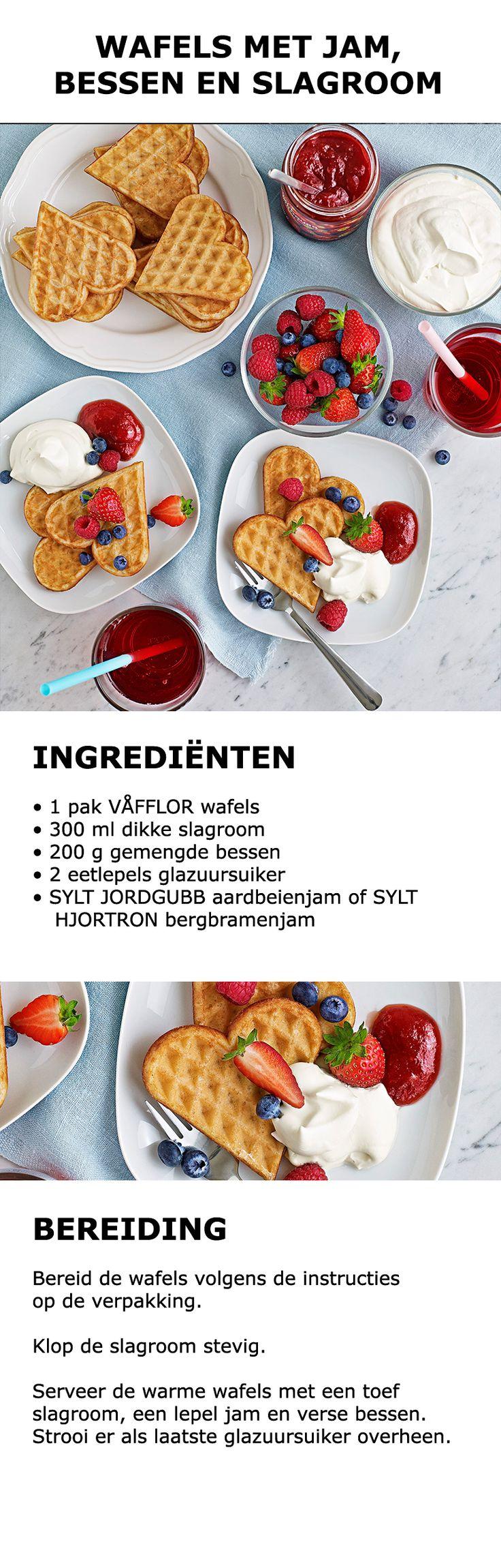 Inspiratie voor in de keuken - Wafels met jam, bessen en slagroom | #IKEA…