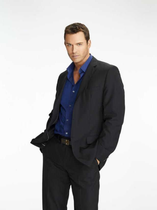 Blue shirt black suit hardon clothes for Blue suit shirt ideas
