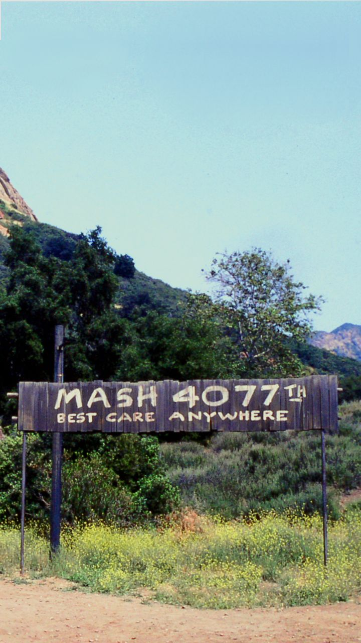 Yankee Doodle Doctor — 4077th: M*A*S*H 4077th Phone Wallpapers