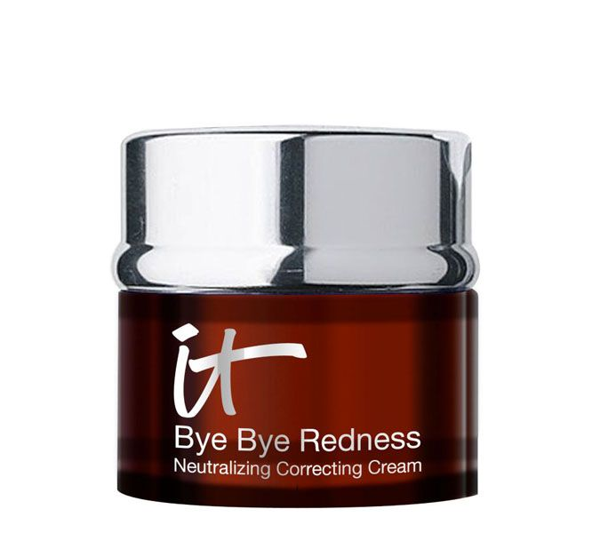 It Cosmetics Bye Bye Redness Neutralizing Correcting Cream . A great product if you have redness Tip: use this all over your face as a base before  foundation for a perfect Flawless look ❤️❤️❤️❤️❤️❤️