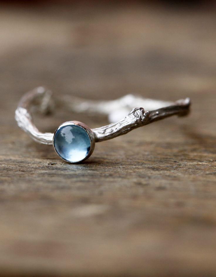 Topaz Twig Ring in Sterling Silver, Topaz Gemstone Branch Ring, Elven Fairy Ring, December Birthstone Ring, London Blue Topaz Ring