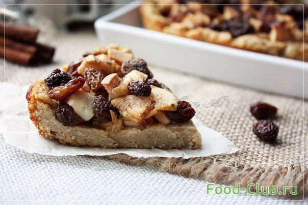 Творожно-овсяной пирог с яблоком и изюмом / Торты и сладкие пироги / Кулинарные рецепты - Фуд-клаб.ру