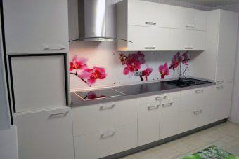 Как выбрать материалы для кухонного фартука? - http://vipmodnica.ru/kak-vybrat-materialy-dlya-kuhonnogo-fartuka/