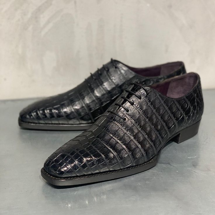 Handcrafted Genuine Alligator Leather Men's Classic Wholecut Oxford Shoes