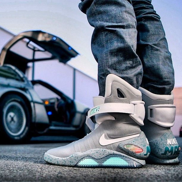 #NIKE #MAGS Photo by tulokitowilson8 NIKE Air MAG, mattel, hoverboard, mag 2011 , 2015 power laces