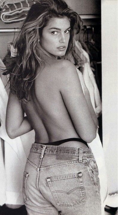 Cindy Crawford in Vintage Levis 501.  The 501 used to be cool in a great variety of colors...