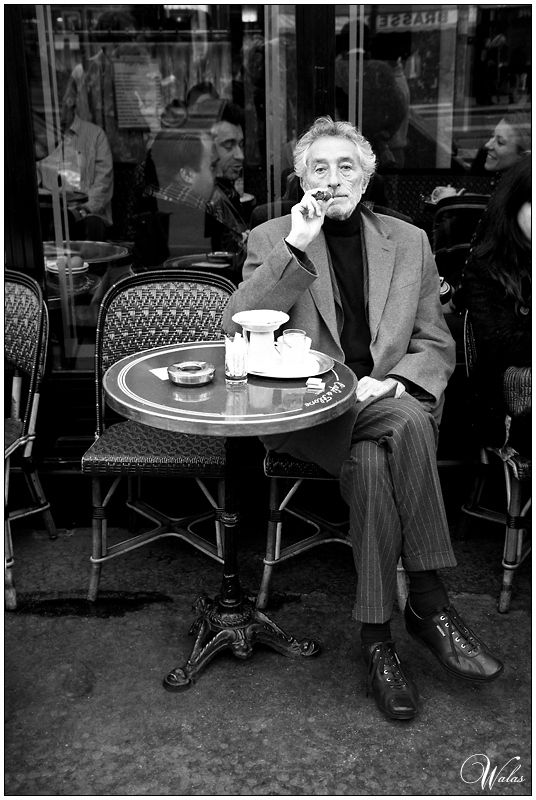 cigar... people watching... coffee... perfection... Café de Flore, la belle Paris <3