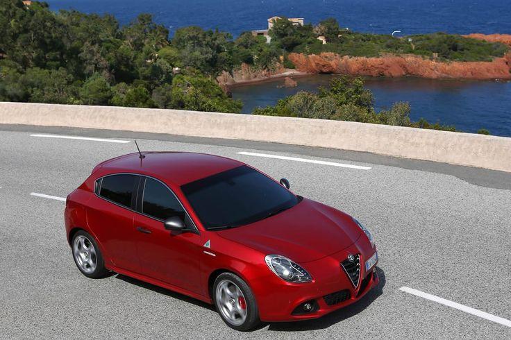 Alfa Giulietta  >  Alfa Romeo Giulietta Quadrifoglio Verde 2014 : prix et performances