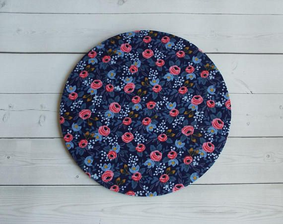 Floral roses  Mouse Pad mousepad / Mat  round or rectangle  chic / cute / preppy / computer, desk accessories / cubical, office, home decor / co-worker, student gift / patterned design / match with coasters, wrist rests / computers and peripherals / feminine touches for the office / desk decor