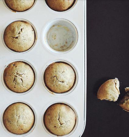 Iets te vieren? Citroencupcakes! Deze cupcakes zijn lekker om uit te delen of als afsluiter van je diner. Verantwoord snoepen noemen we dat!
