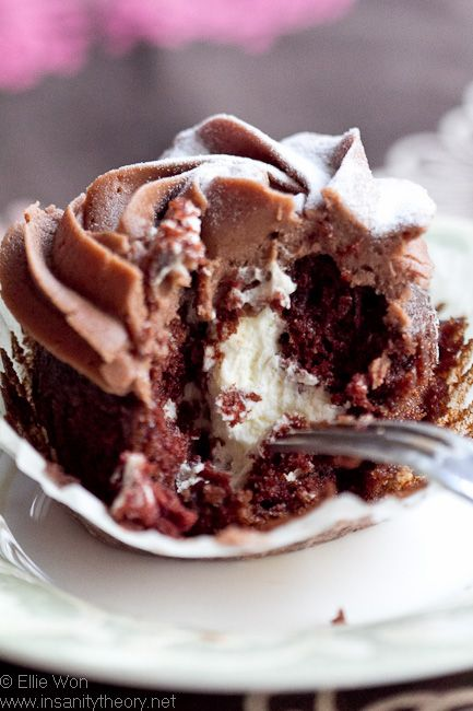 Delightful Devil's Food Cupcakes | Chocolate Pictures You Love ...