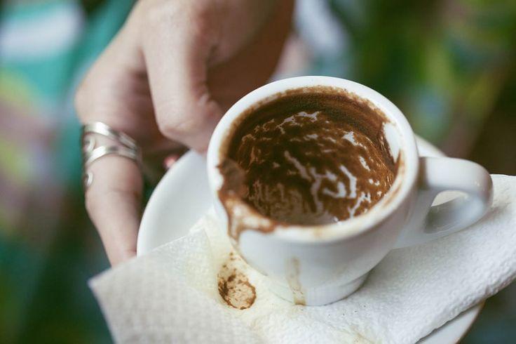 Daddy Cool!: Πώς διαβάζουν το φλυτζάνι του καφέ οι ειδικοί.Τι σ...