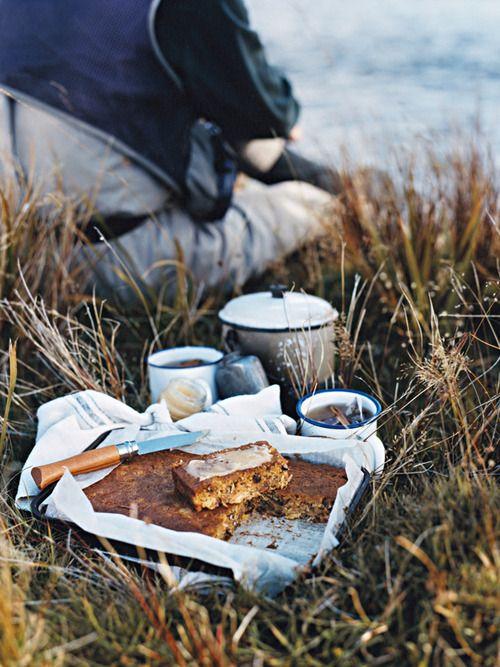Modern Girls & Old Fashioned Men, picnic, cake, winter, walk, nature, love, hills, pretty, photography