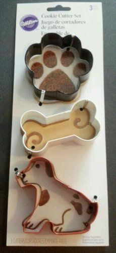 NEW Wilton Dog Bone & Paw Print Cookie Cutter Set... I have these.. Love them!!