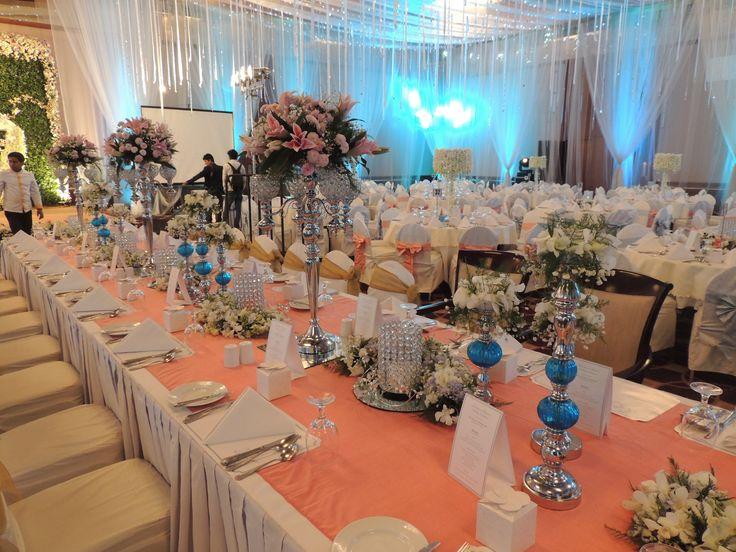 #white #headtable #table #decor #placement #Rain #Peacock #theme #bangladeshi #wedding #decor #ceiling #southeastasian #floral #nighttime #gardenwedding #ikebanabd #ikebana #ikebanaBangladesh #ikebanaltd #Bangladesh