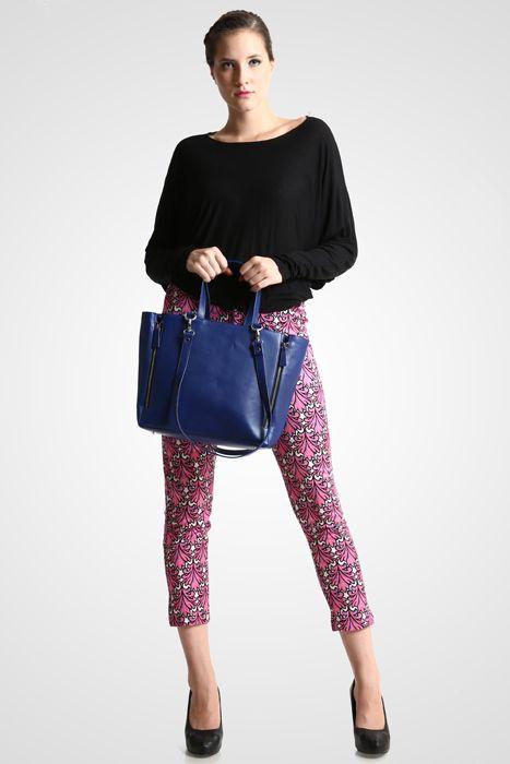 Marguerite bag #handbag #taswanita #bags #fauxleather #kulit #fashionable #stylish #totebag #colors #blue Kindly visit our website : www.zorrashop.com
